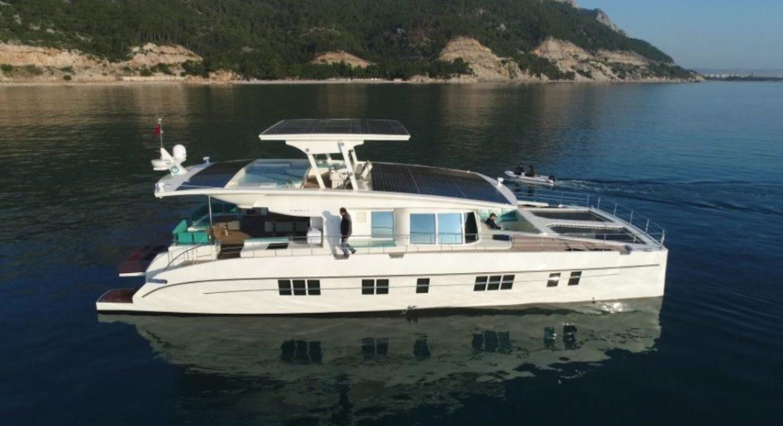 Serenity 64, lo yacht alimentato a energia solare