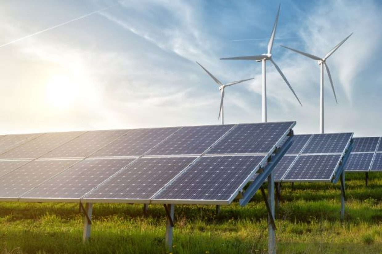 L'industria energetica eolica e solare è cresciuta a un ritmo record nel 2020